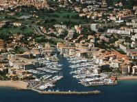 Yacht charter ab marina port frejus cote d azur - Meteo marine port camargue saint raphael ...