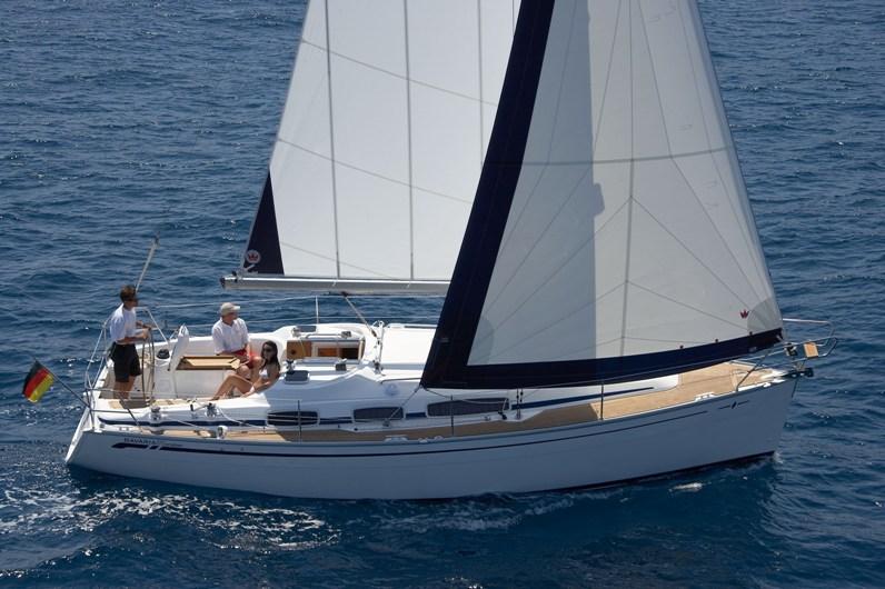 Bavaria 31 Cruiser Achi Innenansicht