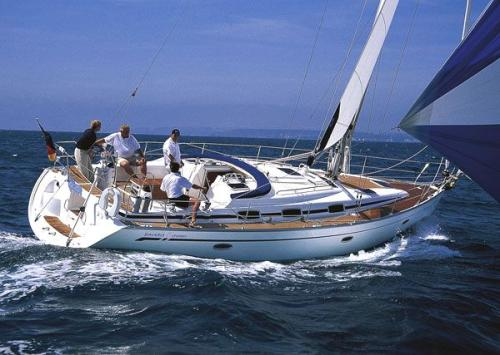 Bavaria 42 Cruiser (3 cab) Top Bild