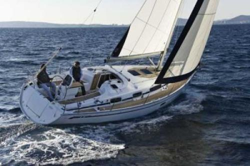 Bavaria 35 Cruiser Top Bild