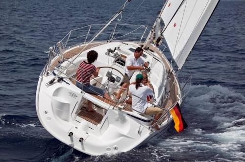Bavaria 33 Cruiser Top Bild